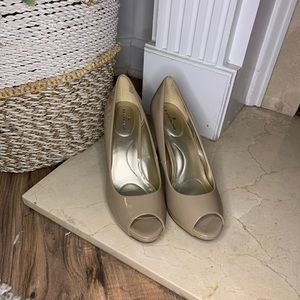 Tan sleek heels